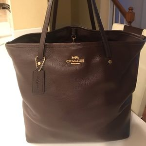 Authentic Coach Genuine Leather Tote